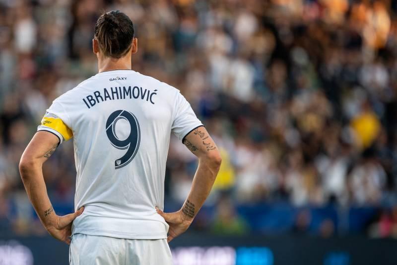 Ibrahimovic está perto de acerta com Everton