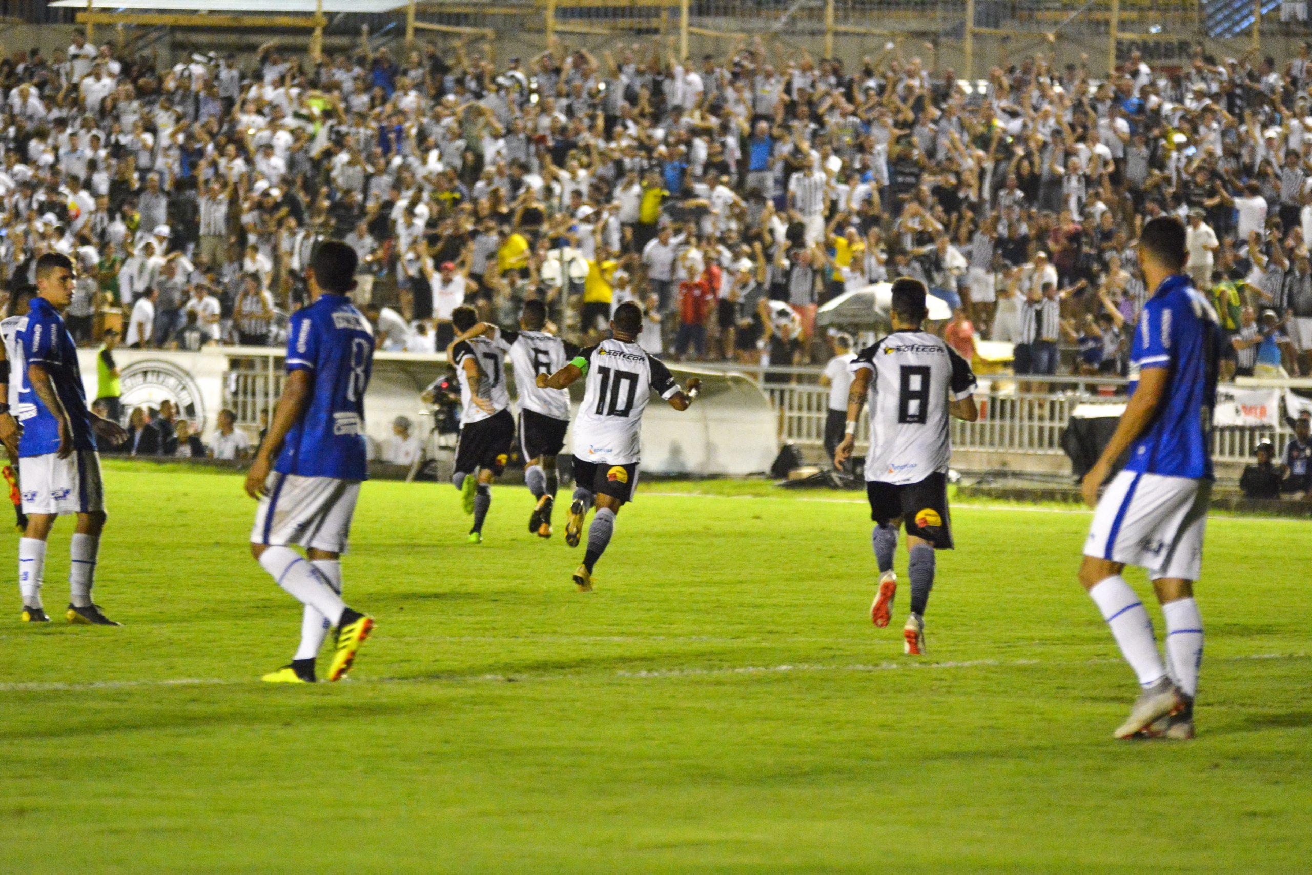 Botafogo-PB vence CSA em Maceió; Vitória empata em Salvador