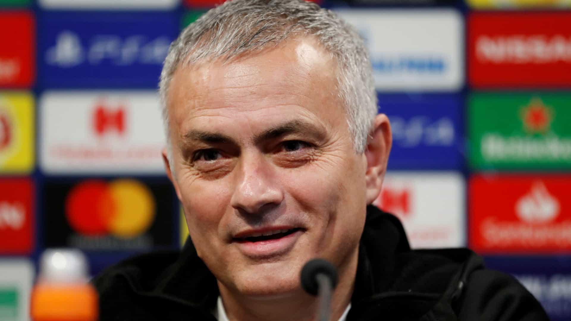 Mourinho (Reprodução/Reuters)