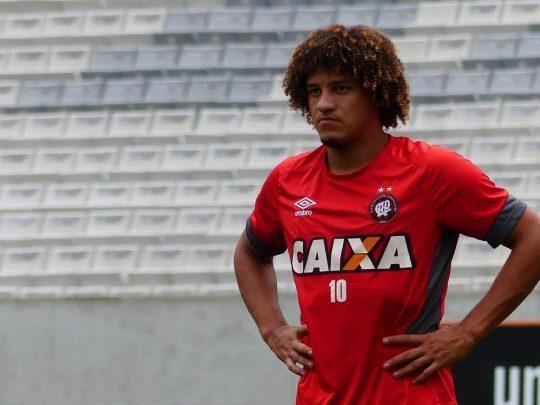 Remo anuncia a contratação por empréstimo de Felipe Gedoz, ex Athético-PR para a sequência do Brasileirão Série C 2020