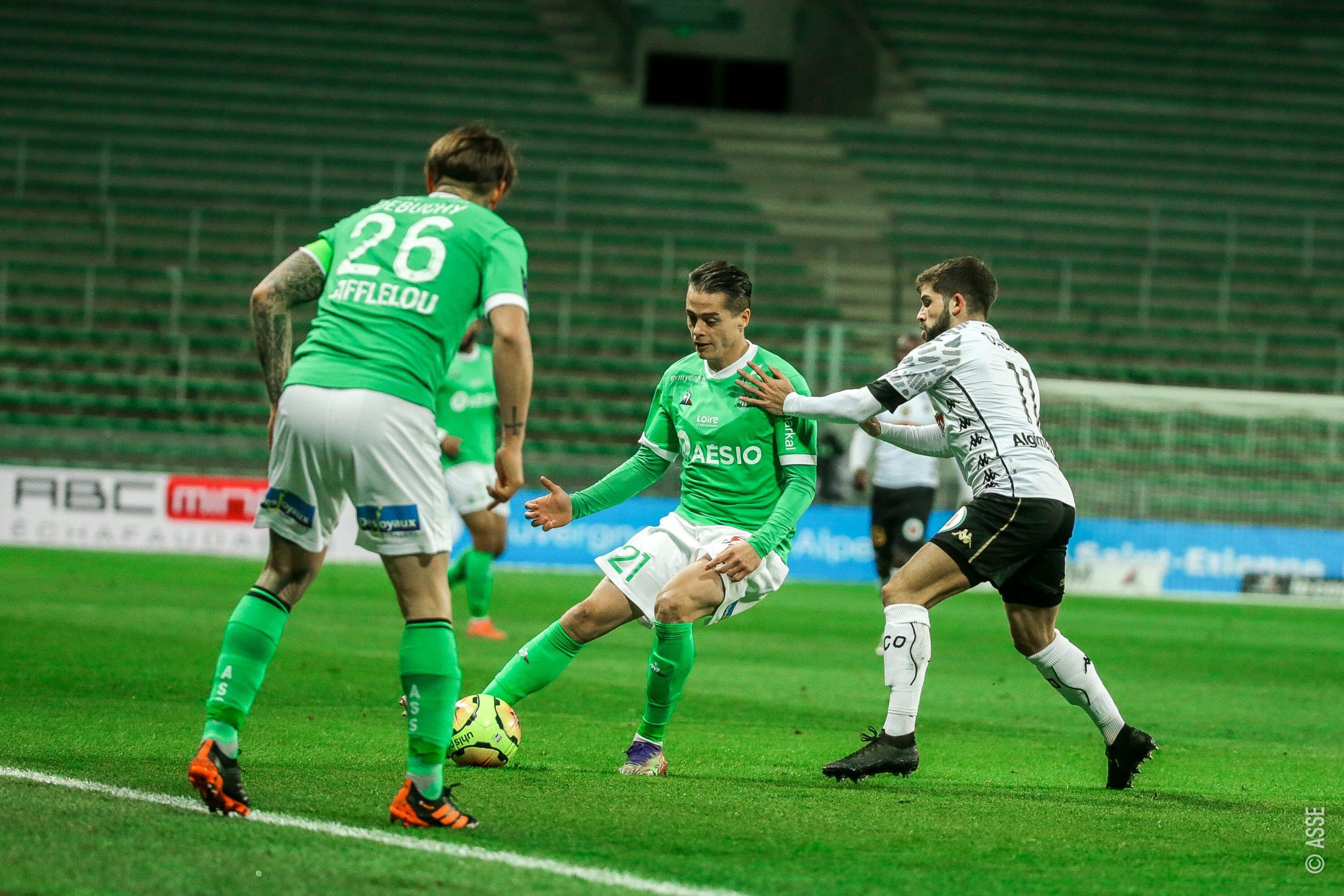 Saint-Étienne e Angers empatam pela Ligue 1 (Foto: Divulgação / Twitter / AS Saint-Étienne)