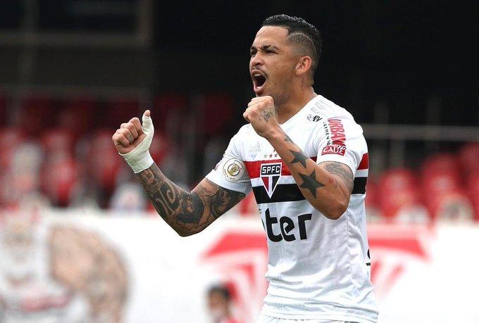 São Paulo vence Sport e se isola ainda mais na liderança do Brasileirão
