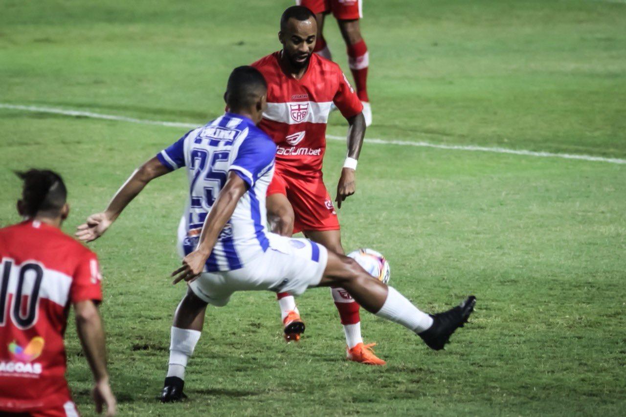 CRB e CSA fazem jogo apático e ficam no empate (Foto destaque: Divulgação/Twitter/CRB)
