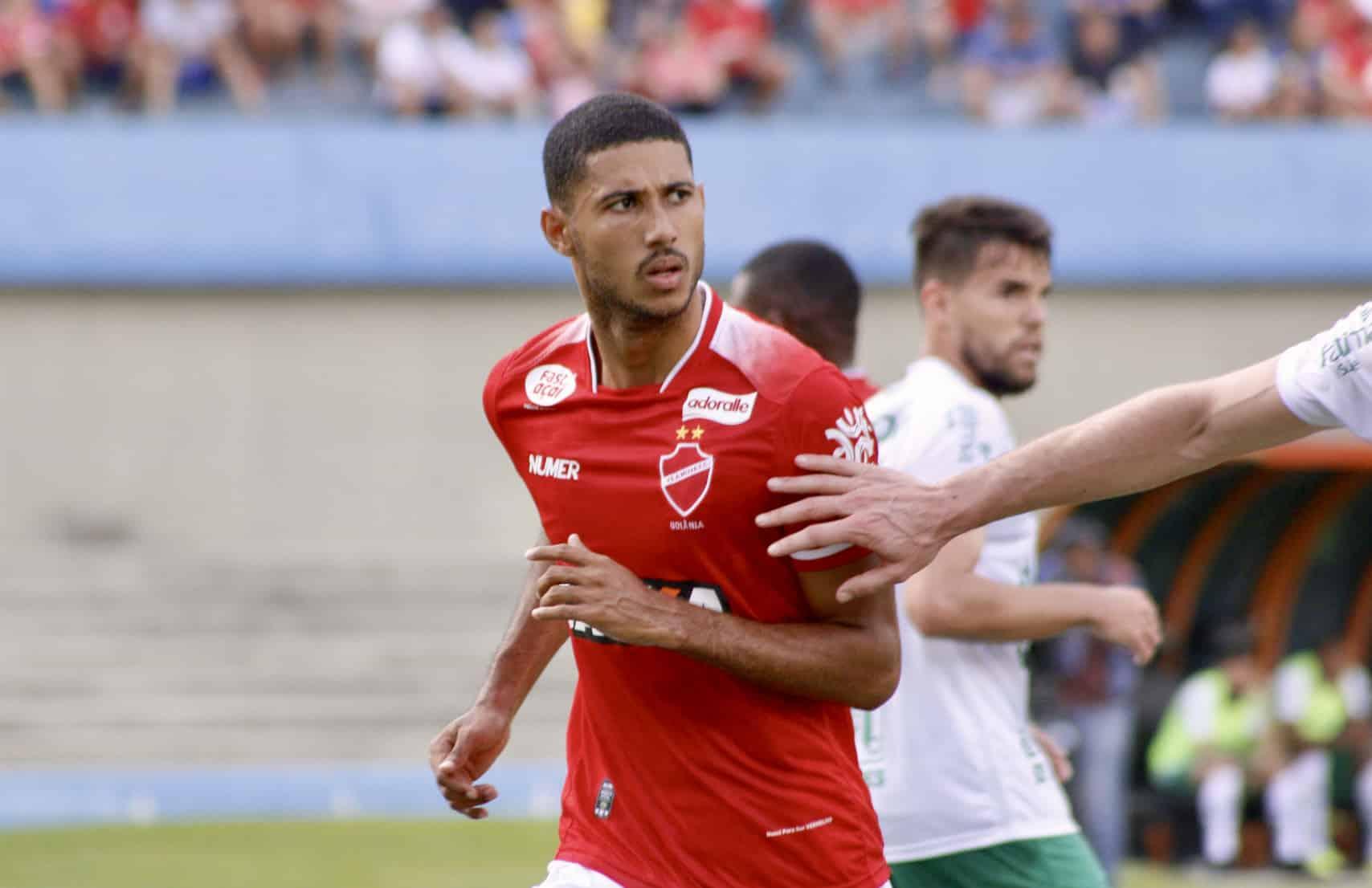 Vila Nova acerta retorno de Rafael Silva