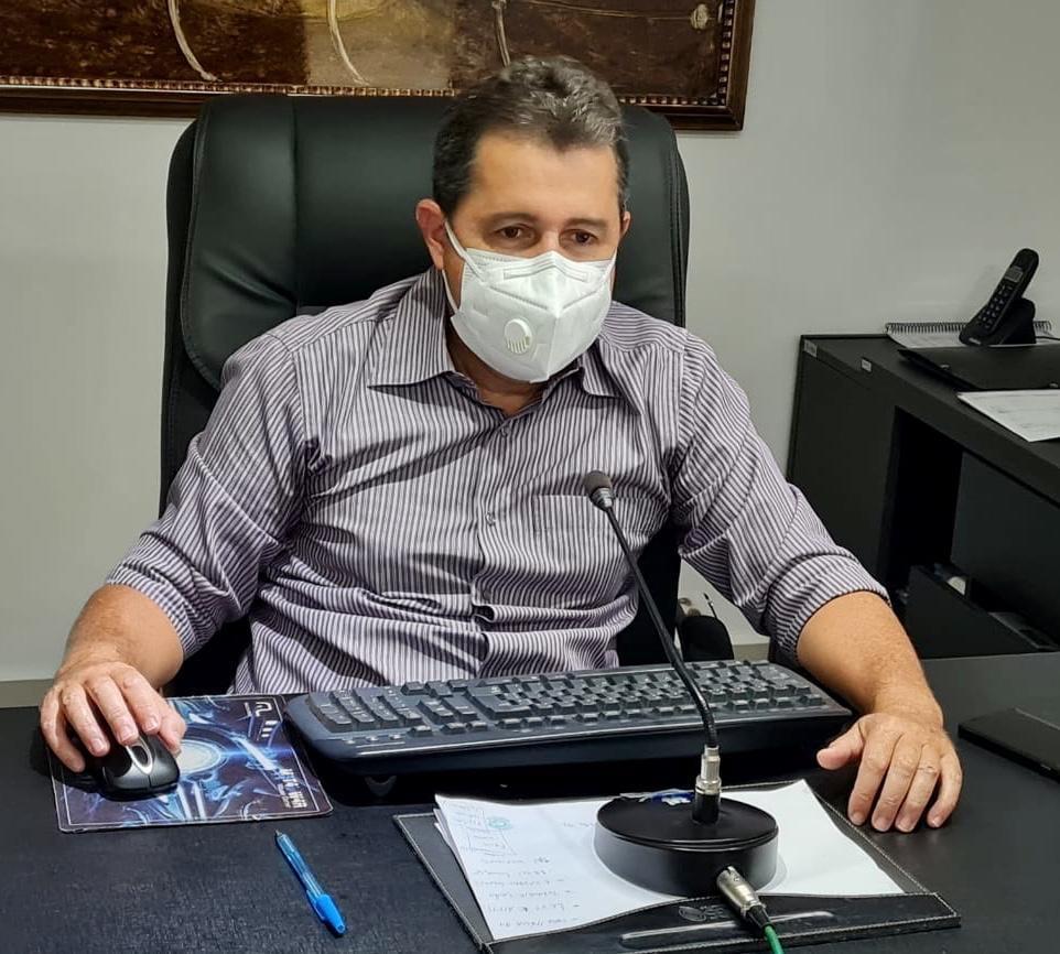 Goiás: Presidente inaugura escolinha do clube!